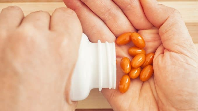 Aliments riches en coenzyme 10 (ubiquinol) : saumon, noix, brocolis, avocats, épinards, etc.